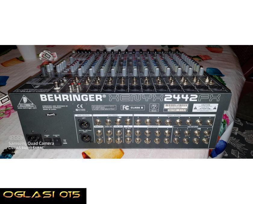 Behringer 2442fx